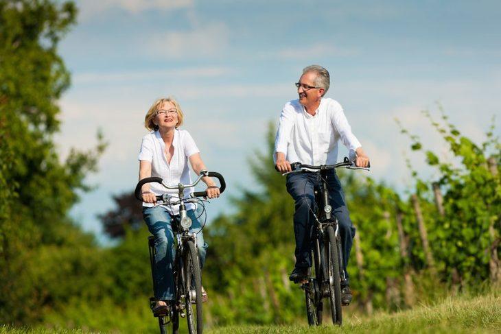 Par på sykkeltur