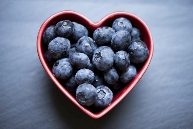 Hjerteskål med blåbær