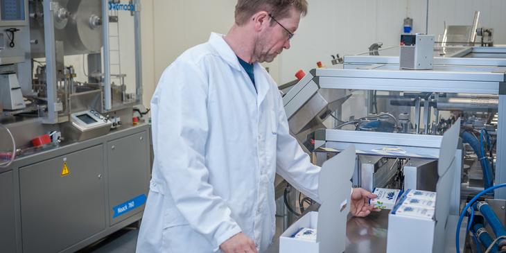 Produksjon av MEDOX® - pakking av esker